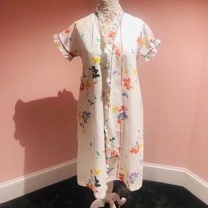 Super cute vintage robe/dress